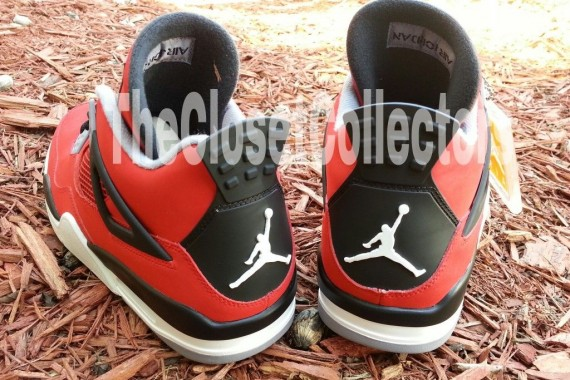 air-jordan-iv-fire-red-white-black-cement-grey-11-570x380