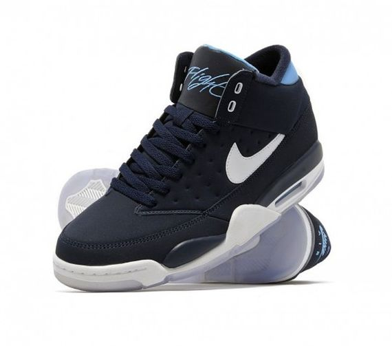 nike-air-flight-classic-obsidian-bleue-540x477