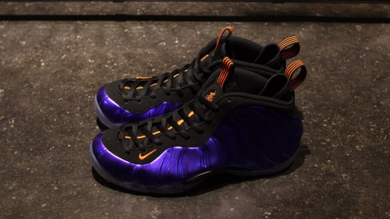 nike-air-foamposite-one-suns-electro-purple-total-orange-3-570x320