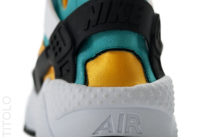 nike-air-huarache-white-sport-turquoise-university-gold-01