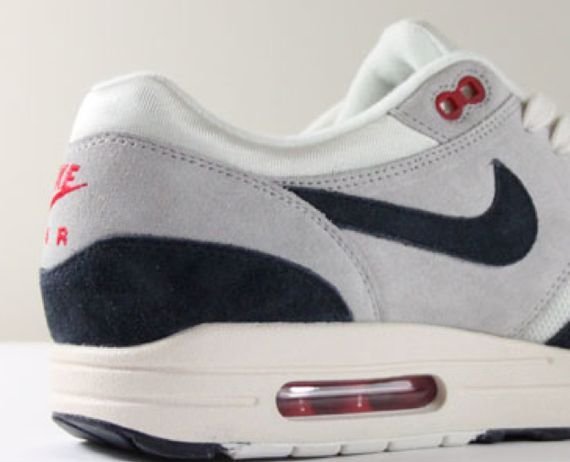 nike-air-max-1-og-white-navy_02