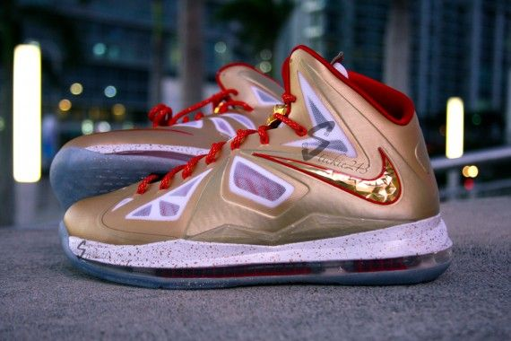 nike-lebron-x-ring-ceremony-1