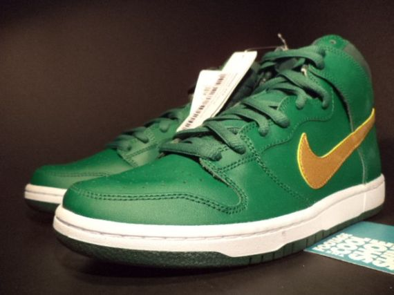 nike-sb-dunk-st-patricks-day-pattys-sample-01-600x450