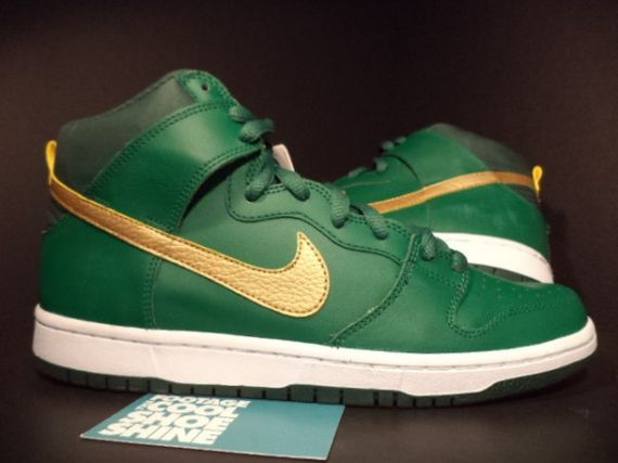 nike-sb-dunk-st-patricks-day-pattys-sample-03-600x450