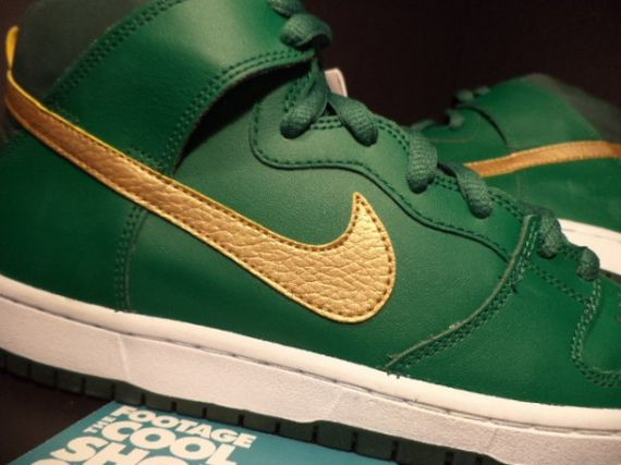 nike-sb-dunk-st-patricks-day-pattys-sample-04-600x450