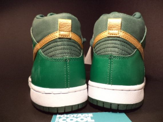 nike-sb-dunk-st-patricks-day-pattys-sample-06-600x450