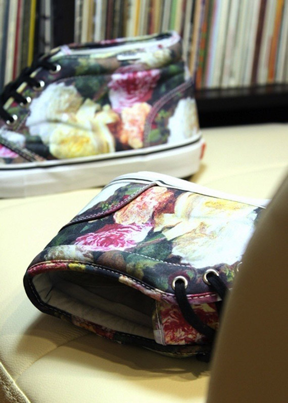 supreme-x-vans-chukka-boot-floral-preview-02