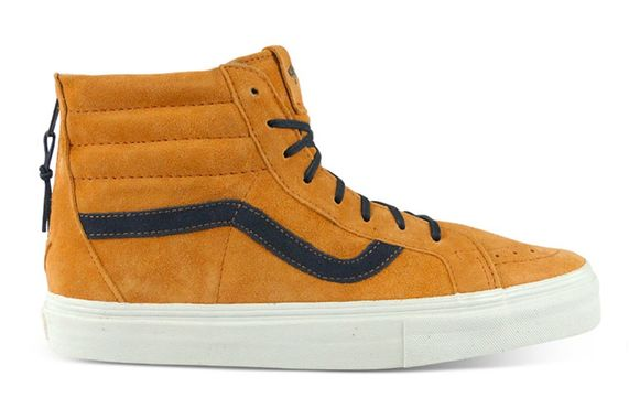 vans-vault-sk8-hi-zip-lx-light-brown-dark-blue-1