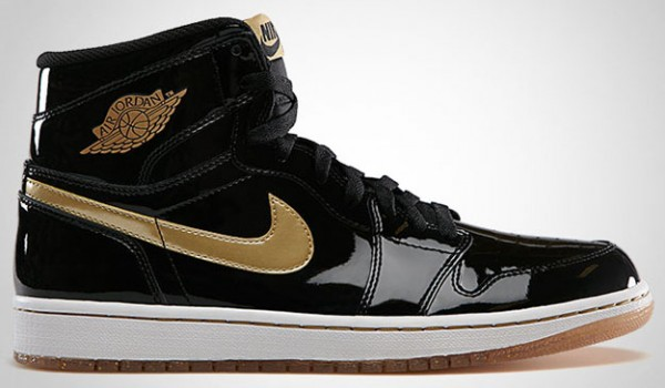 Air-Jordan-1-High-OG-Black-Metallic-Gold-1-600x350