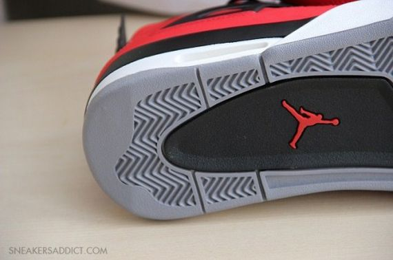 Jordan-4-Fire-Red-Nubuck-02-540x359_result