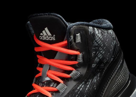 adidas Unveils New Crazyquick Black-Lead Colorway_03