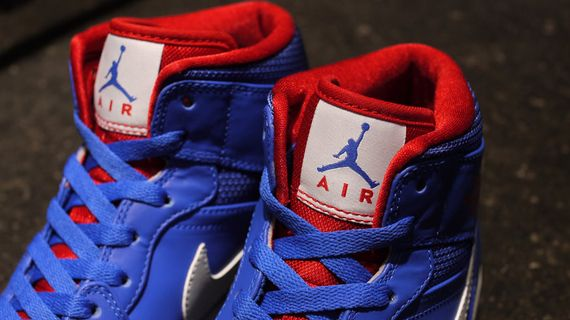 air-jordan-1-mid-rivalry-pack_03