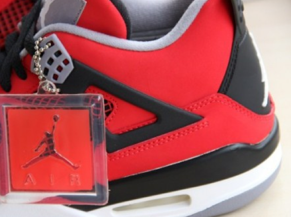 air-jordan-4-fire-red-nubuck
