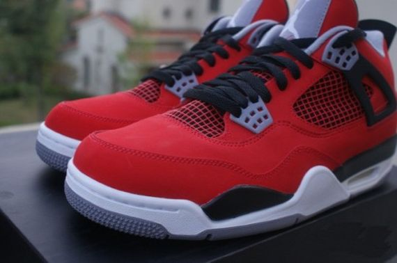 air-jordan-4-red-suede-2013_03
