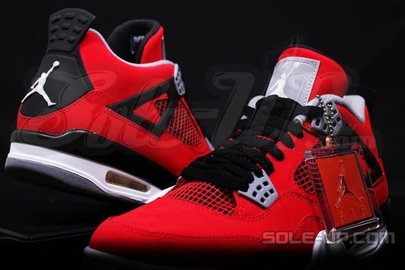 air-jordan-4-retro-fire-red-suede