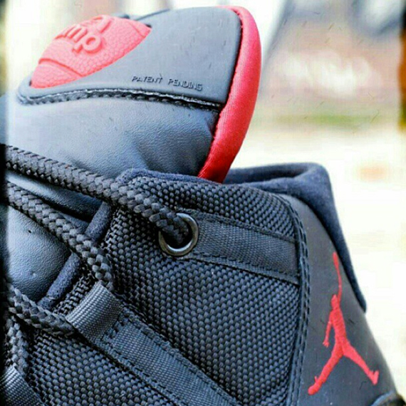 air-jordan-xi-bred-pump-customs-1