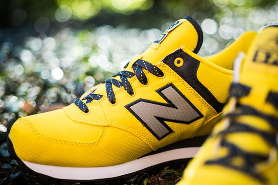 new-balance-yellow-wind-breaker_04