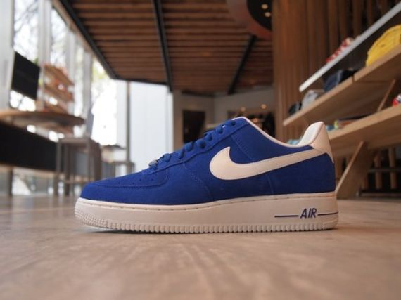 nike-air-force-1-suede-pack-spring-2013