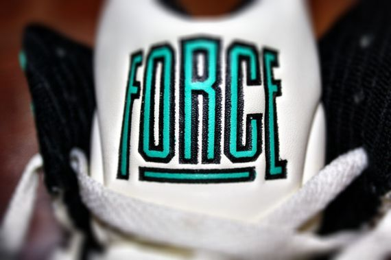 nike-air-force-180-command-force_02