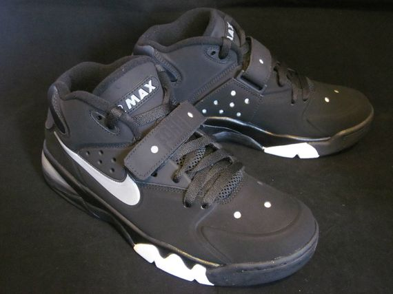 reputable site 91529 12ed7 ... nike-air-force-max-2013-wolf-grey 02 ...