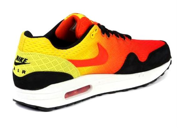new product 2f70e acda9 nike-air-max-1-sunset-2