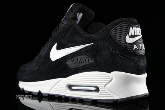 nike-air-max-90-essential-black-1