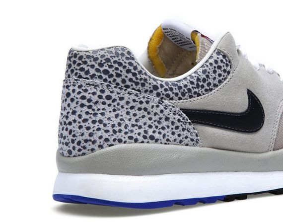 nike-air-safari-classic-stone-grey_02