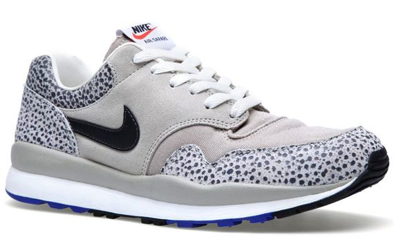 nike-air-safari-classic-stone-grey_03