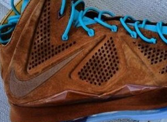 nike-lebron-10-ext-brown-suede_02