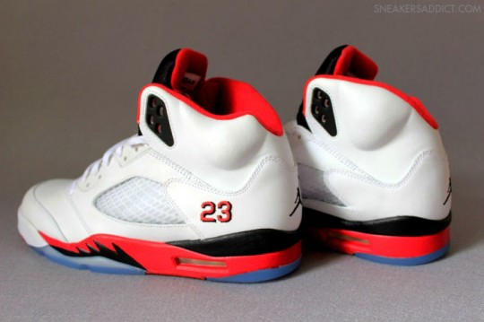Air-Jordan-5-Fire-Red-White-Black-2-540x359