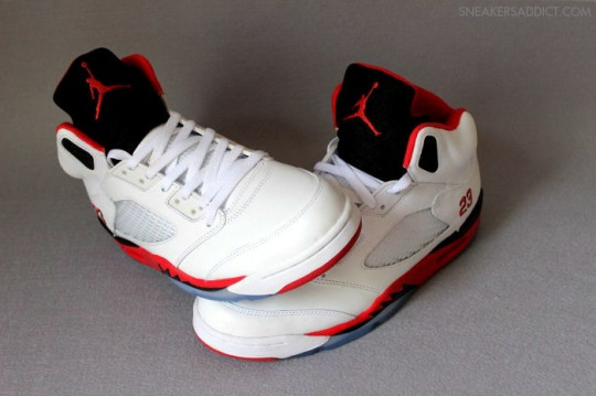 Air-Jordan-5-Fire-Red-White-Black-6-540x359