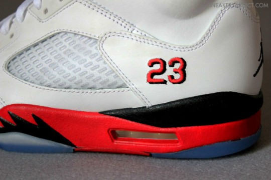 Air-Jordan-5-Fire-Red-White-Black-9-540x359