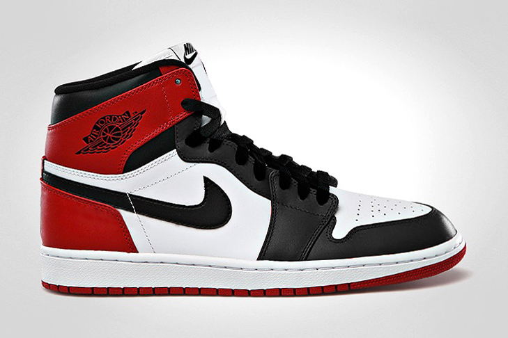 air-jordan-1-retro-high-og-black-toe-1