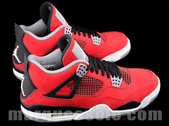 air-jordan-4-red-nubuck