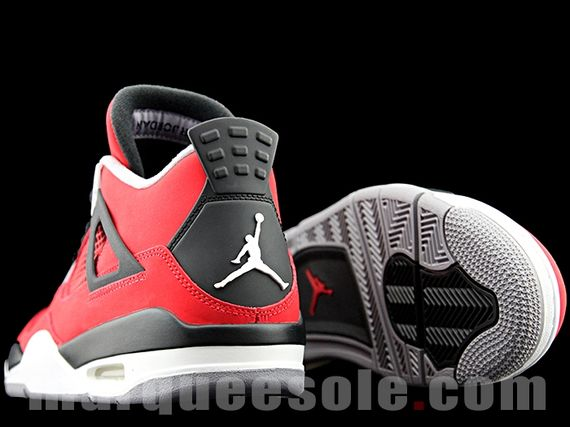 air-jordan-4-red-nubuck_05