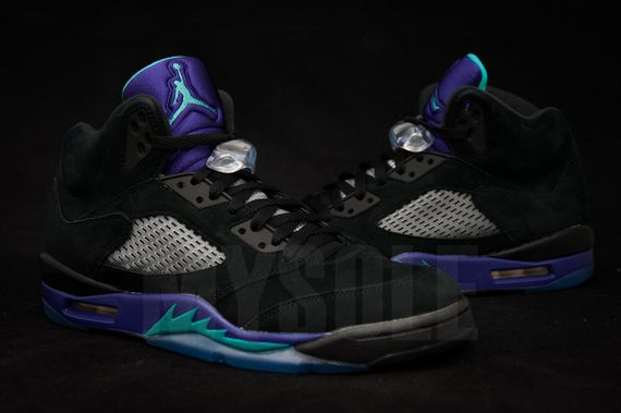 air-jordan-5-black-grape_03_result