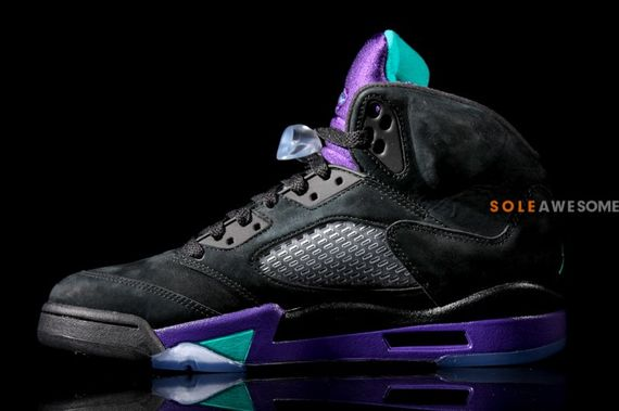 air-jordan-5-black-grape_04