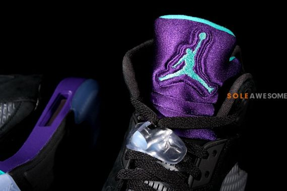 air-jordan-5-black-grape_06