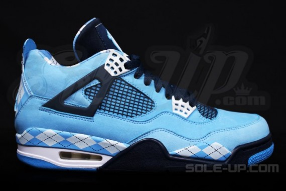 air-jordan-iv-retro-unc-04-570x380