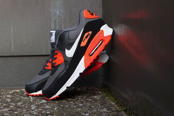 Nike Air Max 90 Black Infrared