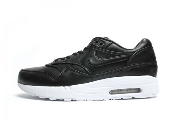 nike-air-maxim-1-sp-black-leather-600x400