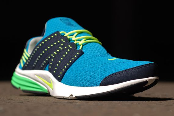 nike-air-presto-blue-green_06