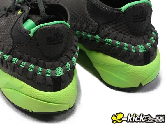 nike-footscape-woven-black-green
