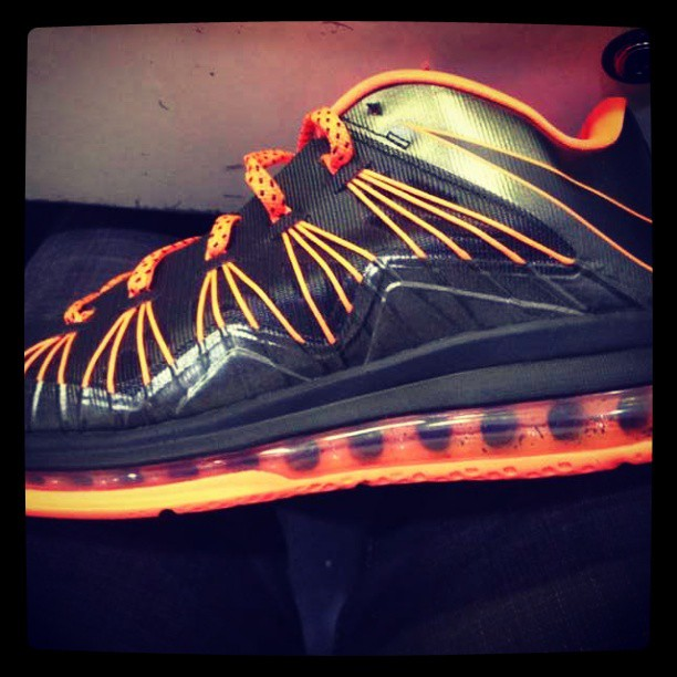 nike-lebron-10-low-black-orange
