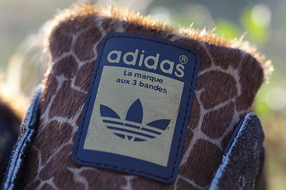 xlarge-x-adidas-originals-superstar-80s-giraffe-03