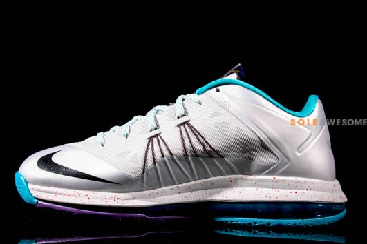 Lebron_X_Low_Silver_Teal_S_0480__30699.1369446252.1280.1280