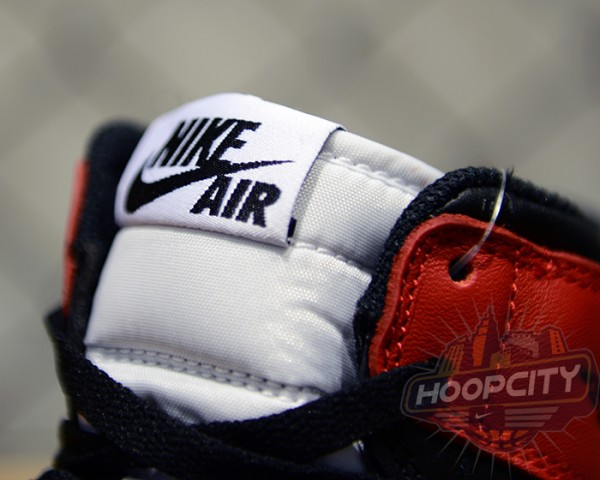 air-jordan-1-og-black-toe-06-600x480