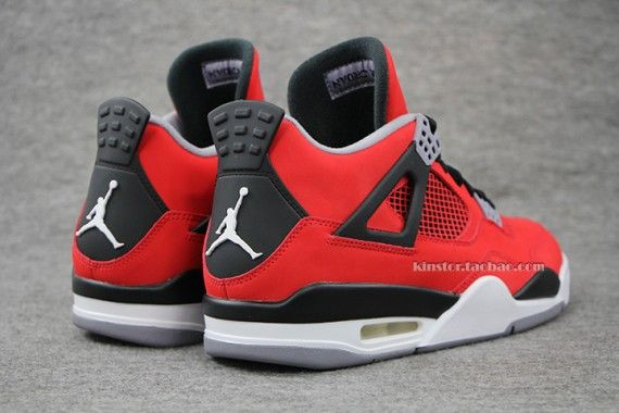 air-jordan-4-fire-red-toro-08-570x380_result