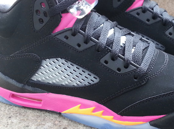 air-jordan-v-gs-black-bright-citrus-fusion-pink-arriving-at-retailers-1