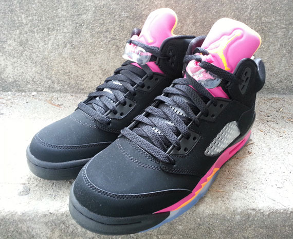 air-jordan-v-gs-black-bright-citrus-fusion-pink-arriving-at-retailers-4
